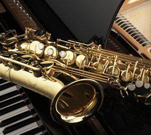 Flyygeli Ja Saksofoni 1684 Canvas-taulu