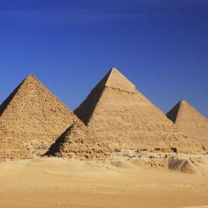 Gizan Pyramidit Egypti 554 Canvas-taulu
