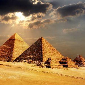 Gizan Pyramidit Kairo Egypti 189 Canvas-taulu